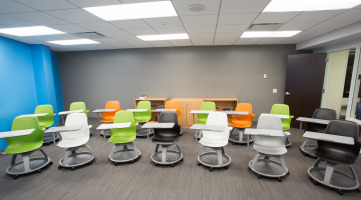 Reconfigurable chairs to support various learning styles