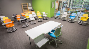 Reconfigurable furniture in the learning space