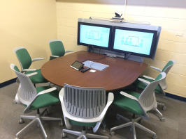 Collaboration table and technology in the library